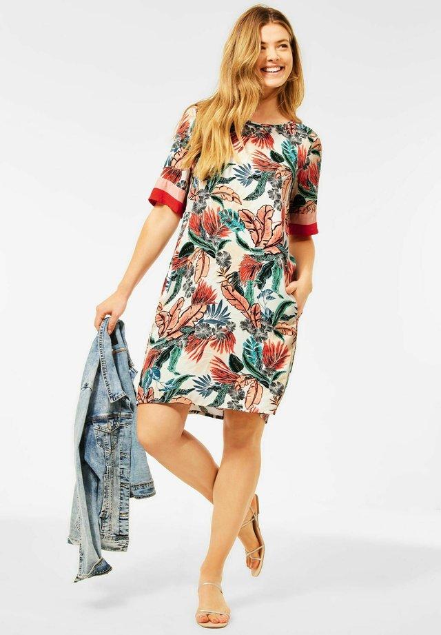 HAWAII - Korte jurk - weiß