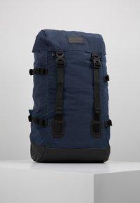 Burton - TINDER 2.0 - Ryggsäck - dress blue air wash - 0
