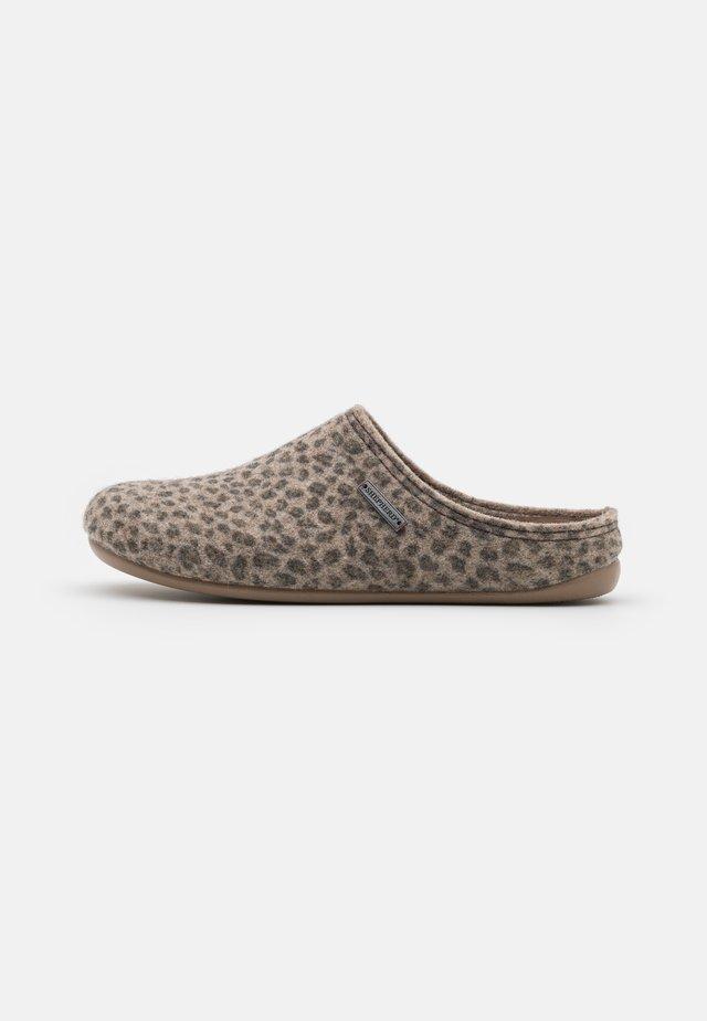 CILLA - Slippers - beige