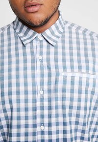 s.Oliver - Shirt - cold green - 5