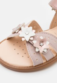 Geox - KARLY GIRL - Sandals - light rose - 5