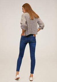 Mango - MIT HOHEM BUND NOA - Jeansy Skinny Fit - dunkelblau - 2