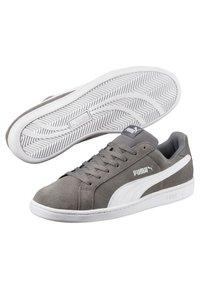 Puma - SMASH - Sneakers - quiet shade/ white - 4