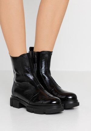 EMY  - Classic ankle boots - nero