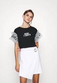 River Island - T-shirts med print - black - 0