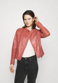 Oakwood - TERRY - Kožená bunda - old pink - 0