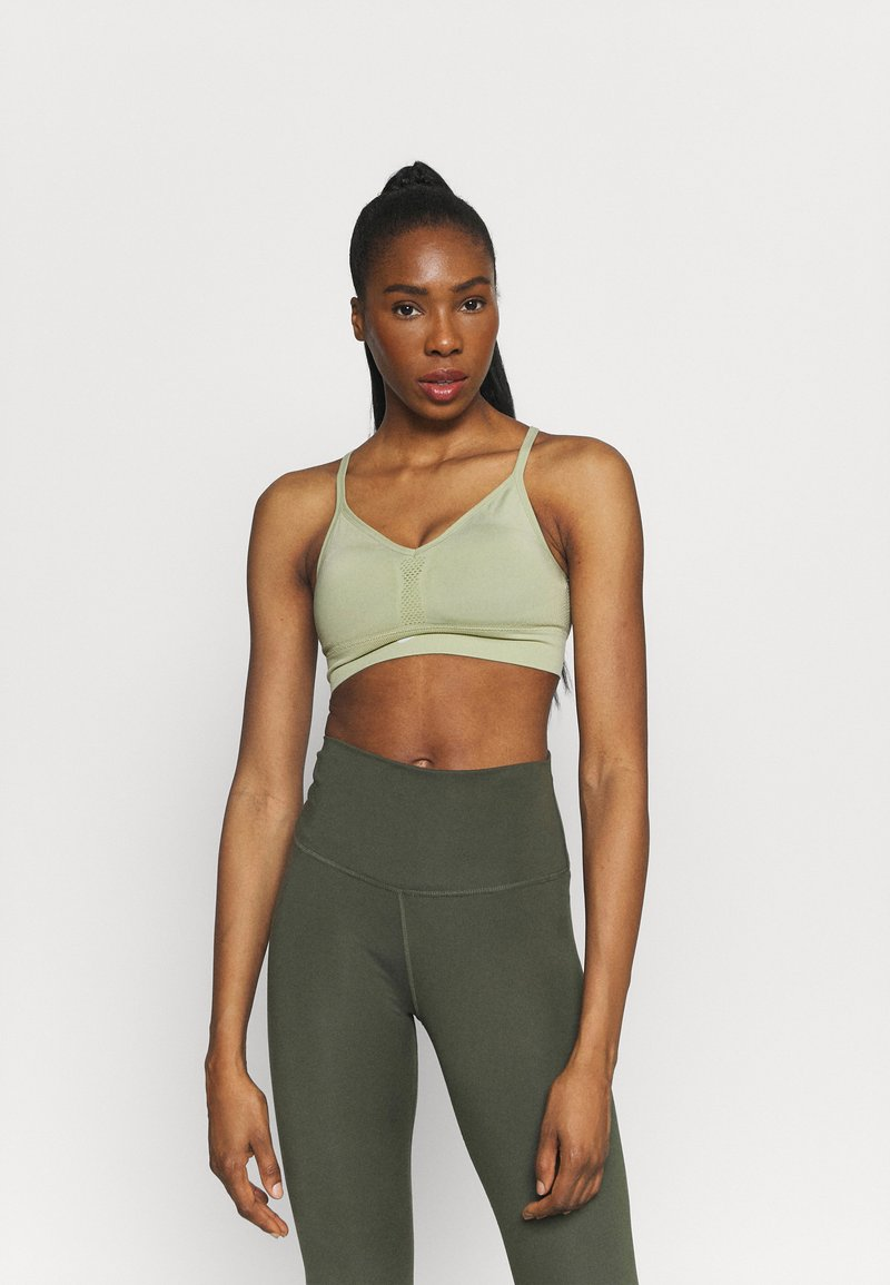 Nike Performance - INDY SEAMLESS BRA - Light support sports bra - celadon/white
