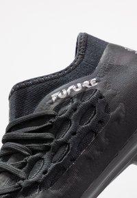 Puma - FUTURE 5.3 NETFIT FG/AG - Kopačky lisovky - black/asphalt - 5