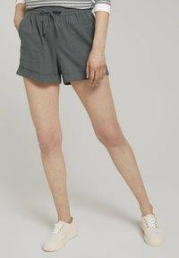 TOM TAILOR DENIM - Shorts - grey - 0