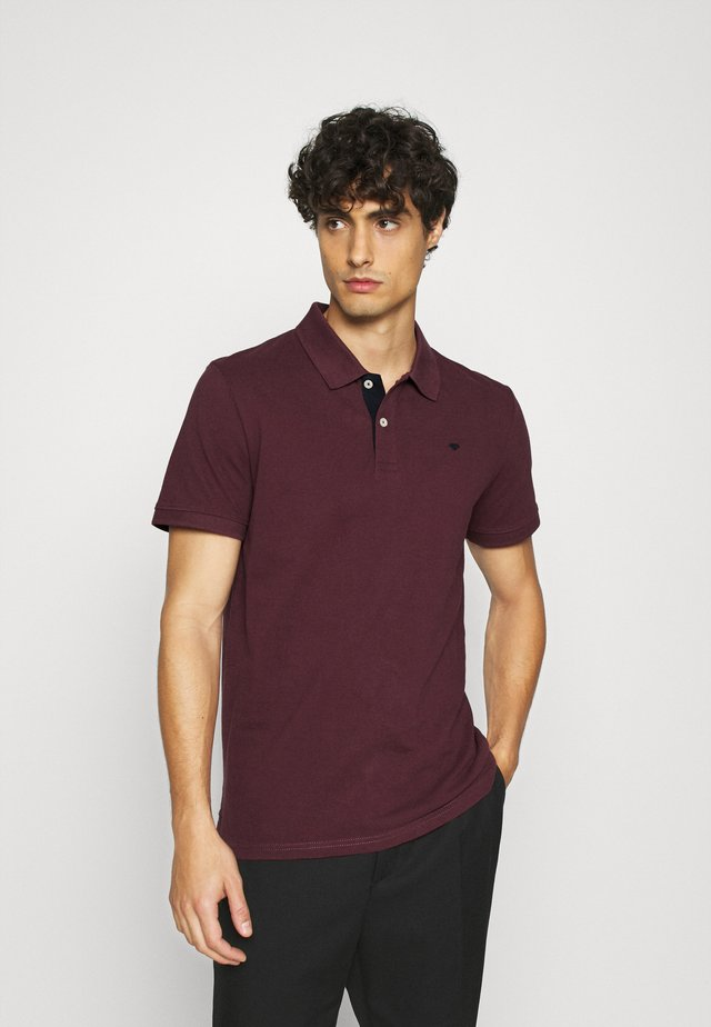 BASIC WITH CONTRAST - Polo shirt - dusty wildberry red