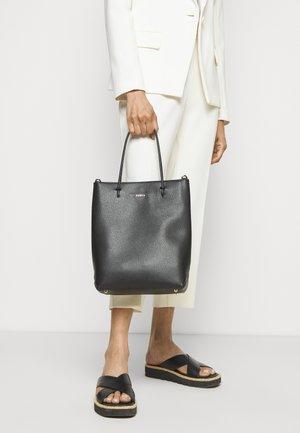 ESSENTIAL - Handbag - nero