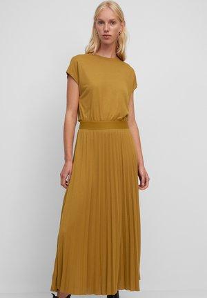 Maxi dress - golden hour