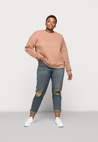 Missguided Plus - CREW NECK  - Sweatshirt - rose - 1