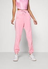 adidas Originals - JOGGER - Pantalon de survêtement - lightpink - 0