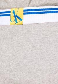 Calvin Klein Underwear - SLEEP SHORT - Pyjama bottoms - grey - 4