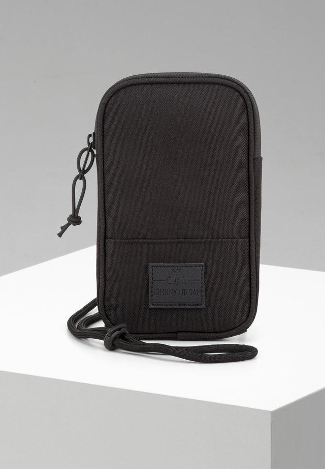 JOSH - Across body bag - black