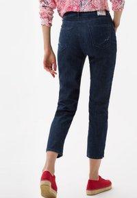 BRAX - STYLE CARO  - Slim fit jeans - dark blue - 2