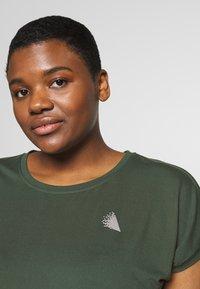 Active by Zizzi - ABASIC ONE - Basic T-shirt - green gables - 4