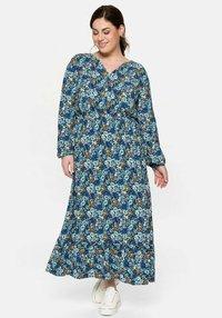 Sheego - Maxi dress - multi-coloured - 0