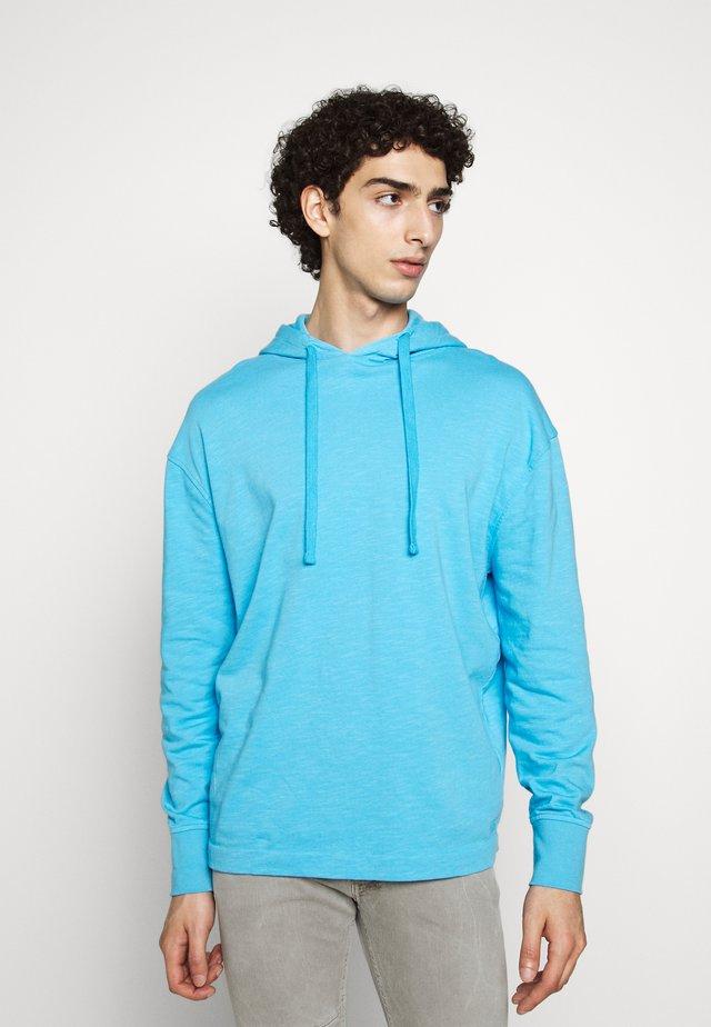 JAMIE - Kapuzenpullover - blau