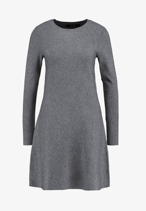 VMNANCY DRESS - Strickkleid - medium grey melange