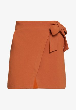 WRAP TIE DETAIL MINI SKIRT - Falda acampanada - rust