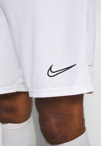 Nike Performance - SHORT - Träningsshorts - white/black - 4