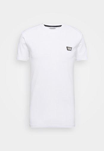 SUPER SLIM FIT - Basic T-shirt - white