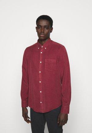 MANZA SLIM - Overhemd - burned red