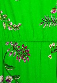 Desigual - VEST NEIDA - Robe d'été - lime green - 2