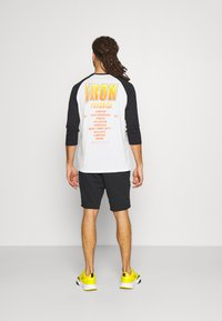 Under Armour - SLEEVE - Long sleeved top - onyx white - 2