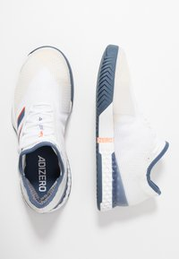 adidas Performance - ADIZERO UBERSONIC 3 - Clay court tennis shoes - footwear white/tech ink/light solid grey
