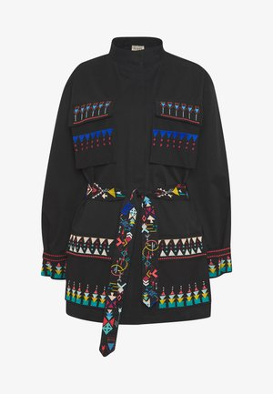 FIELD WITH EMBROIDERY - Short coat - black