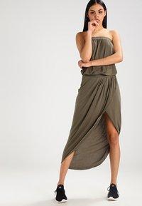 Urban Classics - Maxi dress - olive - 0