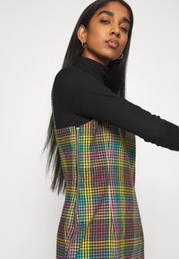 The Ragged Priest - CHECK CAMI DRESS SIDE SEAM ZIPS - Kjole - multi check - 3