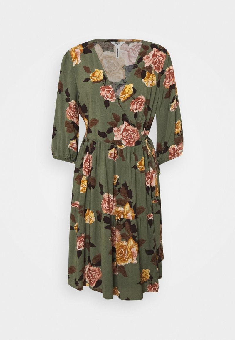 Object Petite - OBJROSE WRAP DRESS - Kjole - deep lichen green/flower