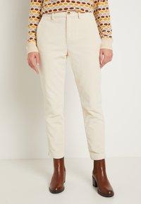 TOM TAILOR DENIM - CIGARETTE CORDUROY PANTS - Trousers - soft creme beige - 0