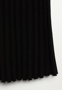 Mango - FLURRY - Jumper dress - noir - 7