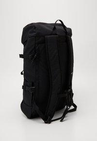 Burton - TINDER 2.0 TRIPLE - Sac à dos - black - 3