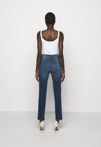 Frame Denim - LE SYLVIE SLENDER - Straight leg jeans - stallion - 2