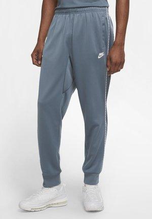 REPEAT - Spodnie treningowe - ozone blue/white