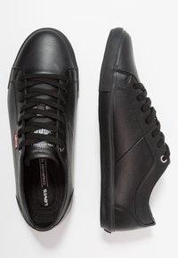 Levi's® - WOODS - Sneakers basse - brilliant black - 1