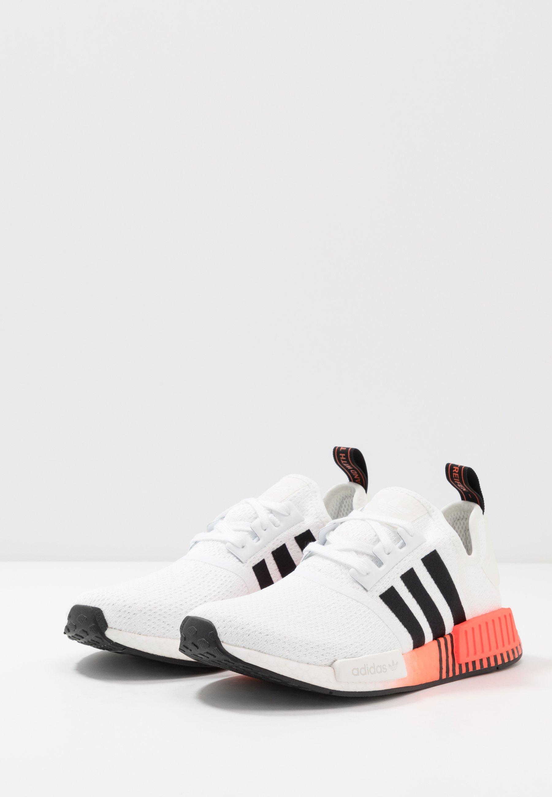 adidas Originals NMD R1 - Joggesko - core black/footwear white