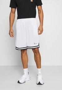 Karl Kani - SIGNATURE MESH SHORTS - Shorts - white - 0