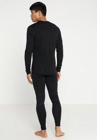 Icebreaker - MENS CREWE - Sports shirt - black - 2