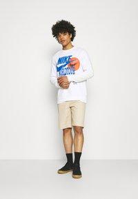 Nike Sportswear - Long sleeved top - white - 1