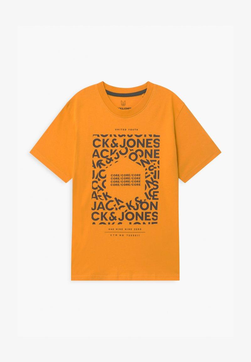 Jack & Jones Junior - JCOAKE CREW NECK  - Print T-shirt - golden orange