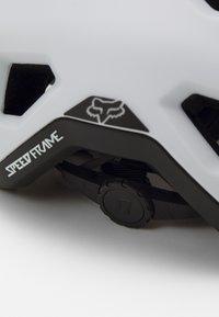 Fox Racing - SPEEDFRAME HELMET UNISEX - Helm - white - 4