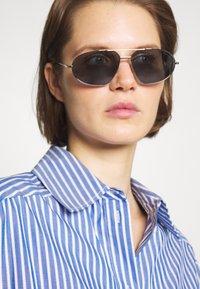Tom Ford - Sunglasses - shiny palladium blue - 1
