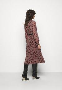 MICHAEL Michael Kors - Denní šaty - primrose - 2